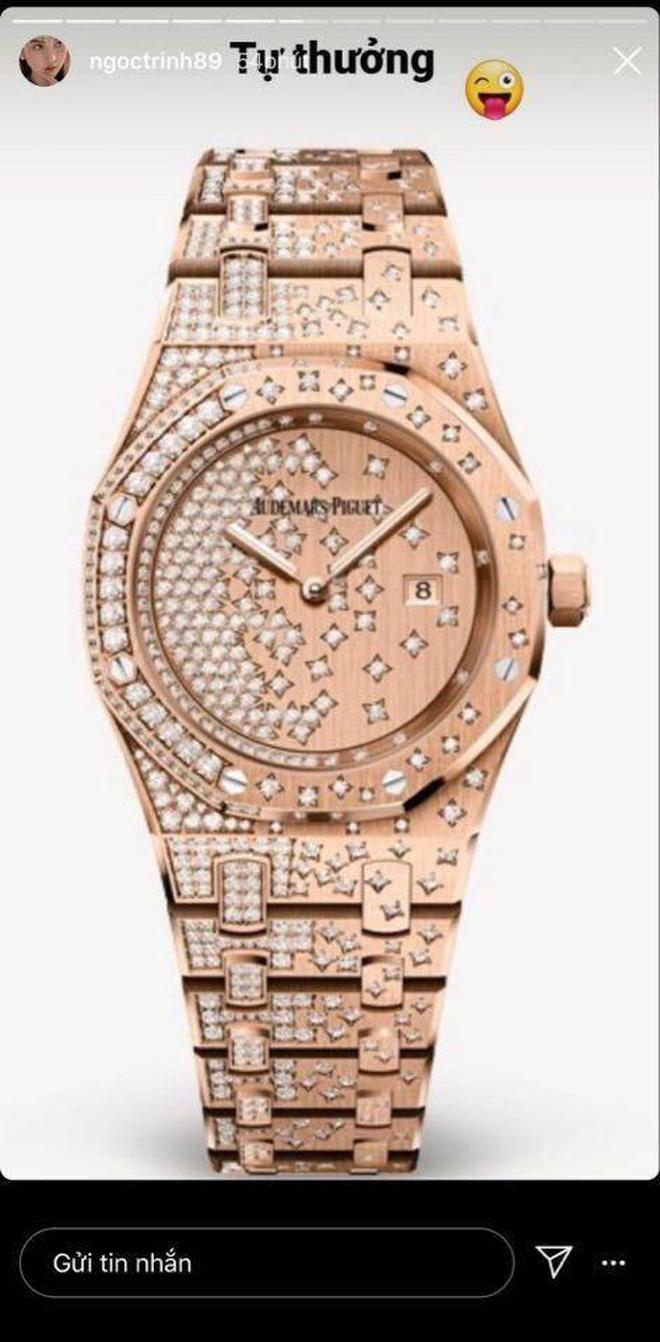 """Ngọc Trinh vừa """"chốt đơn"""" đồng hồ 1,8 tỷ nhanh gọn nhưng đây chưa phải chiếc đắt nhất trong BST đồng hồ của cô - Ảnh 2."""
