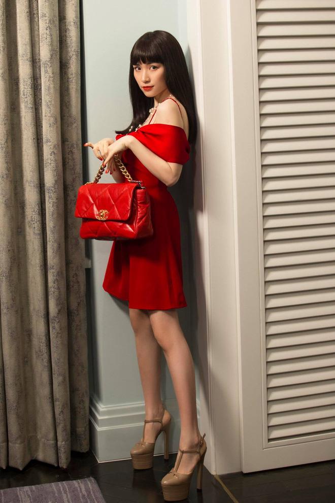 """Mới năm ngoái còn thanh lý túi hiệu để làm MV, năm nay Hòa Minzy đã sắm hẳn 3 túi Hermès và loạt """"bé iu"""" đắt tiền khác - Ảnh 9."""