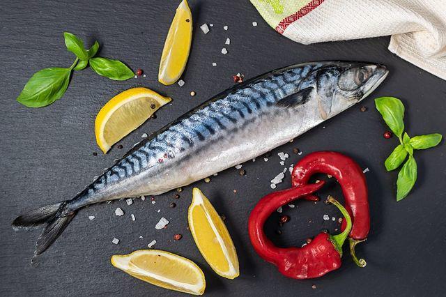 """2 loại cá đã được giới chuyên gia lên tiếng cảnh báo về khả năng gây ngộ độc và ung thư cực cao, loại thứ nhất đã được WHO xếp vào """"danh sách đen"""" từ lâu - Ảnh 1."""