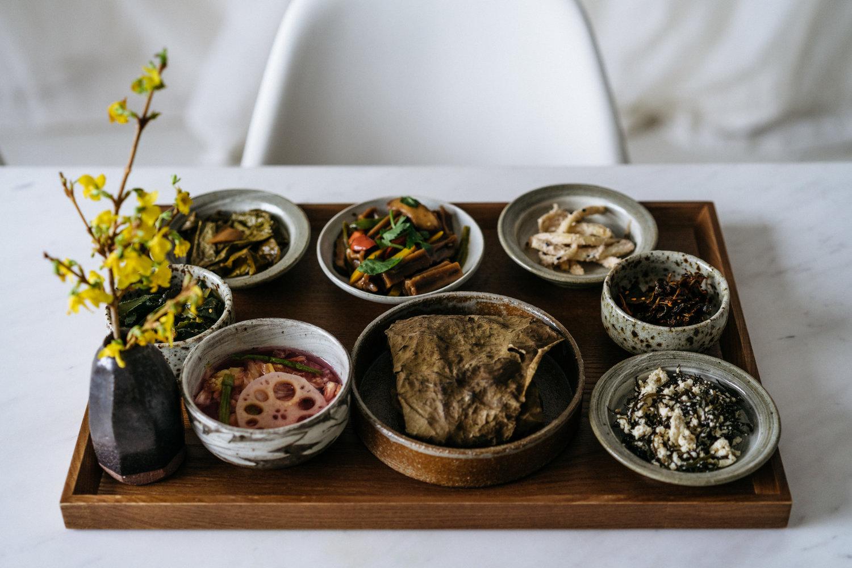 Ăn chay đâu chỉ có cơm với rau, xem đầu bếp nhà người ta chế biến món chay ngon và đẹp đỉnh cao như thế nào - Ảnh 3.