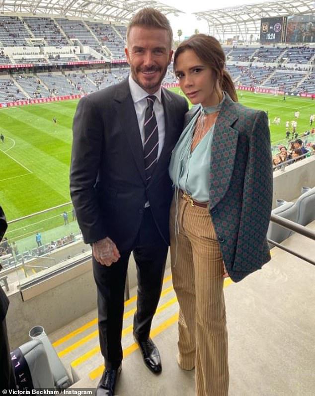 Báo Mỹ đưa tin vợ chồng David Beckham nhiễm COVID-19 do dự tiệc từ hồi tháng 3 - Ảnh 4.