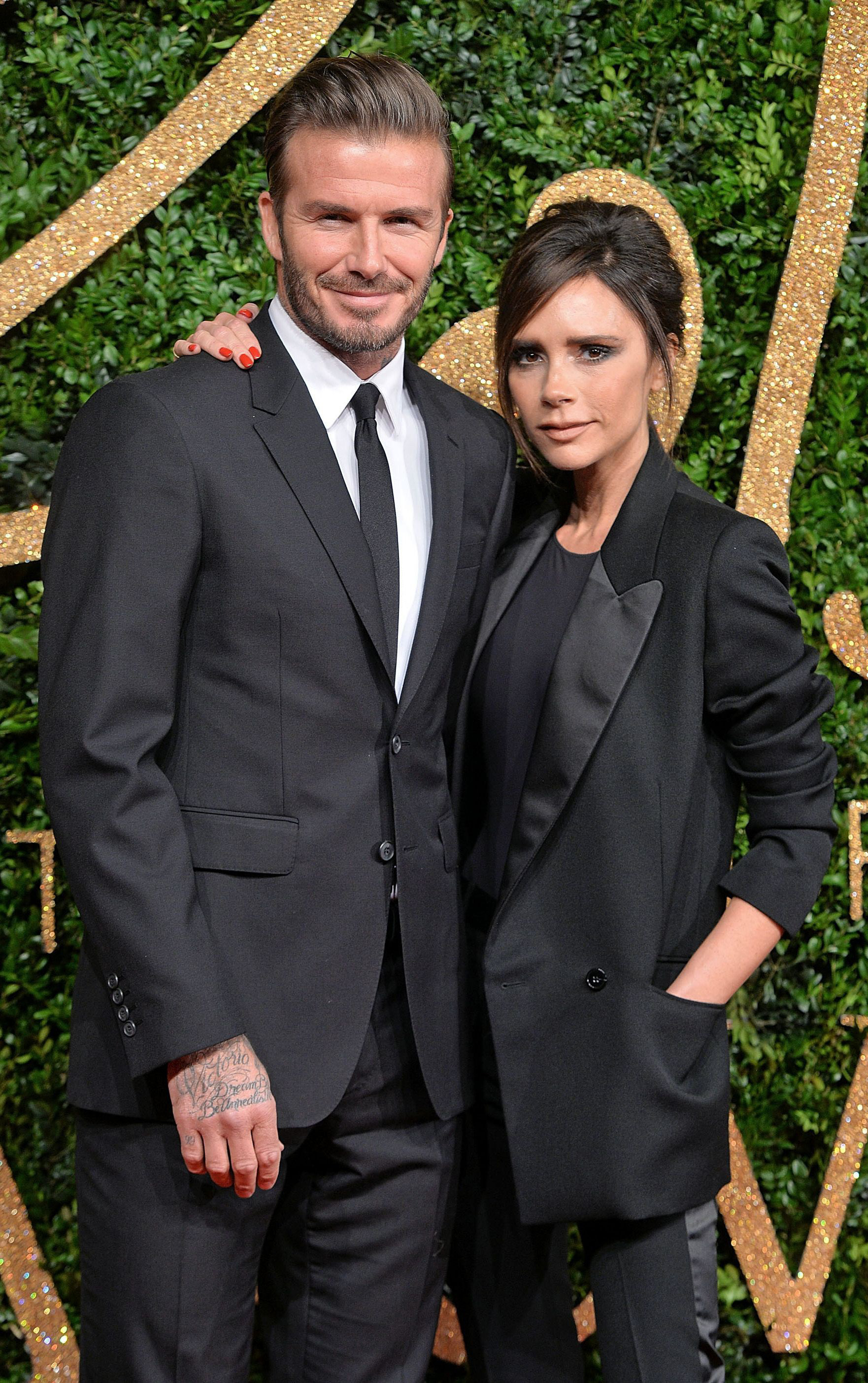 Báo Mỹ đưa tin vợ chồng David Beckham nhiễm COVID-19 do dự tiệc từ hồi tháng 3 - Ảnh 2.