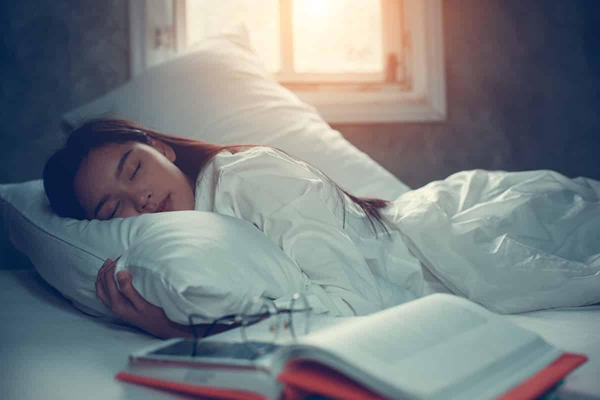 Mỗi tối hãy tự kiểm tra 4 dấu hiệu này của bản thân, tốn vài giây nhưng giúp bạn phòng ngừa chứng ngưng thở khi ngủ vô cùng nguy hiểm - Ảnh 5.