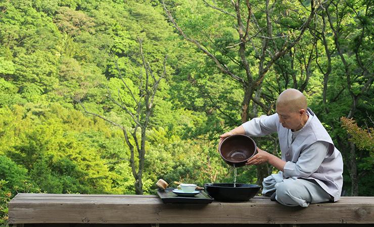 Ăn chay đâu chỉ có cơm với rau, xem đầu bếp nhà người ta chế biến món chay ngon và đẹp đỉnh cao như thế nào - Ảnh 10.