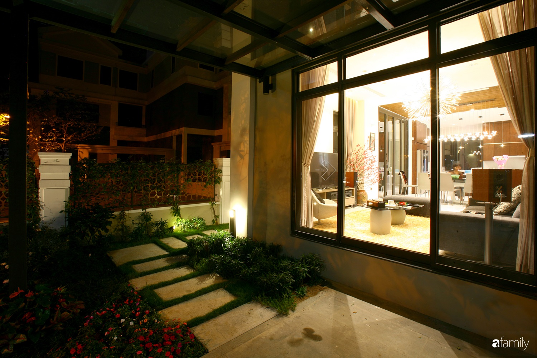 Cải tạo căn nhà 280m² thành không gian hiện đại, hướng ngoại ở Hà Nội  - Ảnh 1.