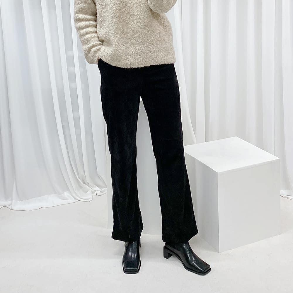 Công thức giảm béo vạn năng đến từ cặp đôi boots + quần:  - Ảnh 5.