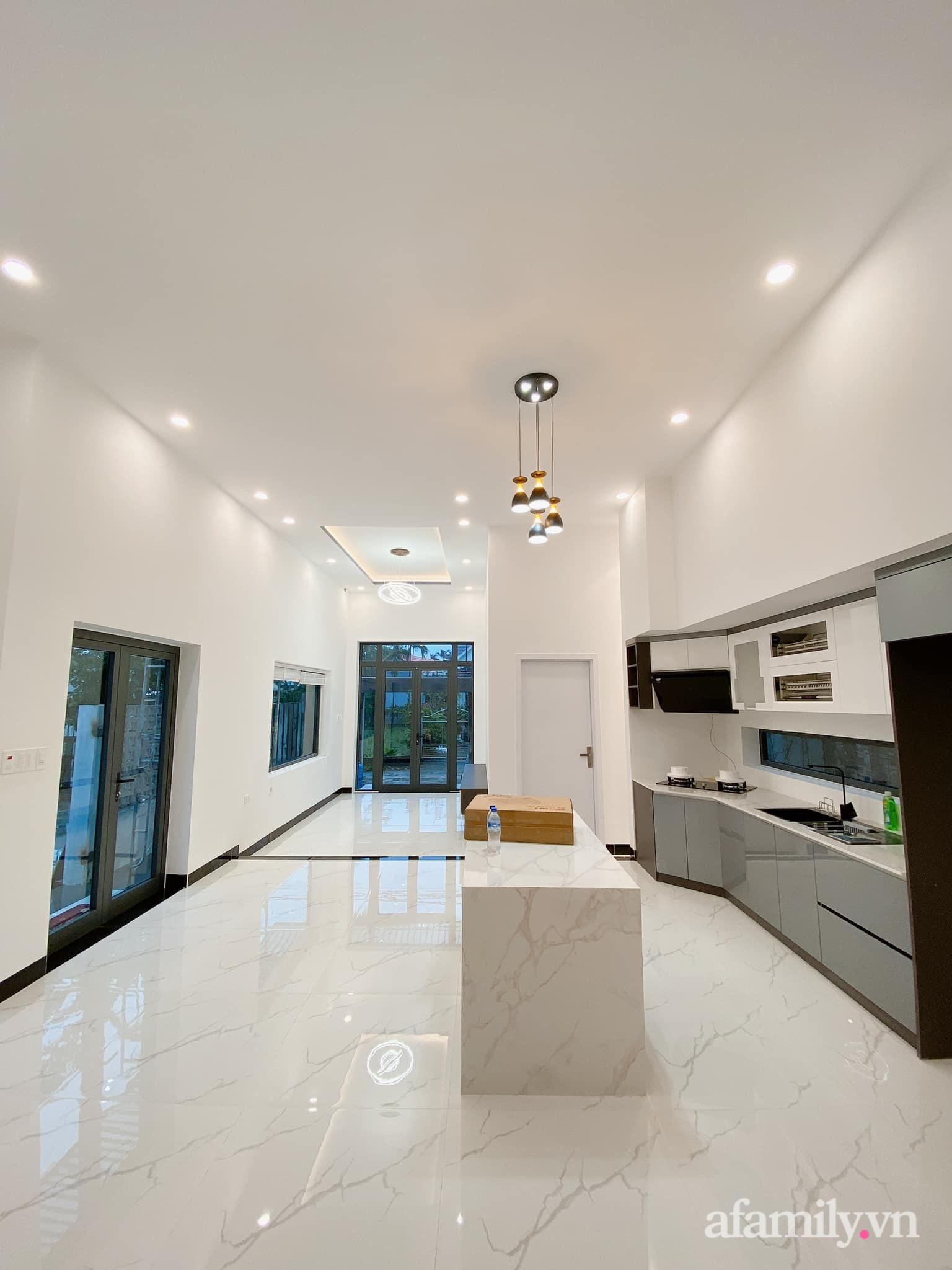 Nhà cấp 4 đầy đủ chức năng hiện đại, tiện ích với tổng chi phí hơn 1 tỷ của gia đình trẻ ở Quảng Ngãi - Ảnh 11.