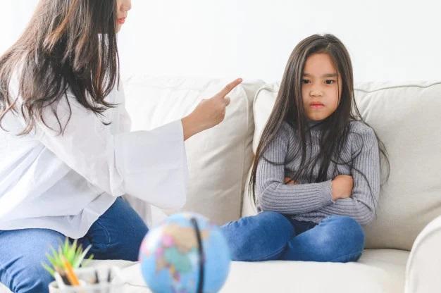 Nghiên cứu 75 năm của ĐH Harvard phát hiện ra những đứa trẻ học kém, IQ thấp thường có có chung 6 vấn đề, cha mẹ cần phải sửa càng sớm càng tốt - Ảnh 2.