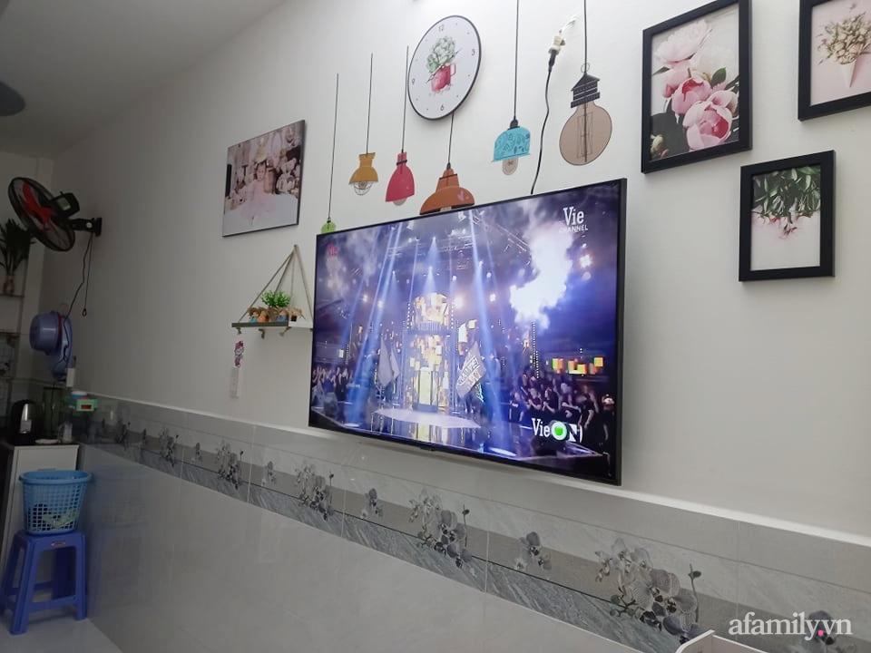 Mẹ đơn thân tự cải tạo nhà 20,8m² thật xinh với chi phí siêu rẻ chỉ hơn 8 triệu ở Sài Gòn - Ảnh 3.