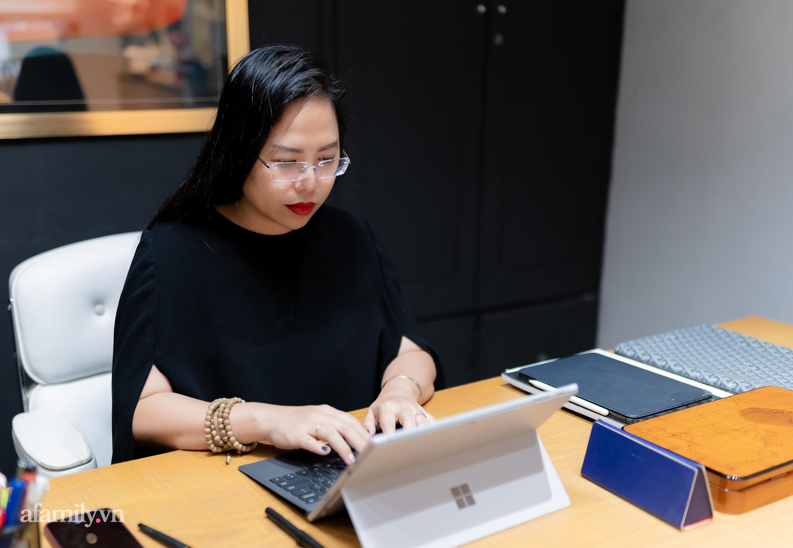 """Gặp người phụ nữ đứng sau thành công của cây Cầu Vàng """"made in Vietnam"""" nổi tiếng khắp thế giới, nghe kể về ý nghĩa thật của đôi bàn tay khổng lồ và bí mật cuộc sống của một nữ kiến trúc sư - Ảnh 11."""