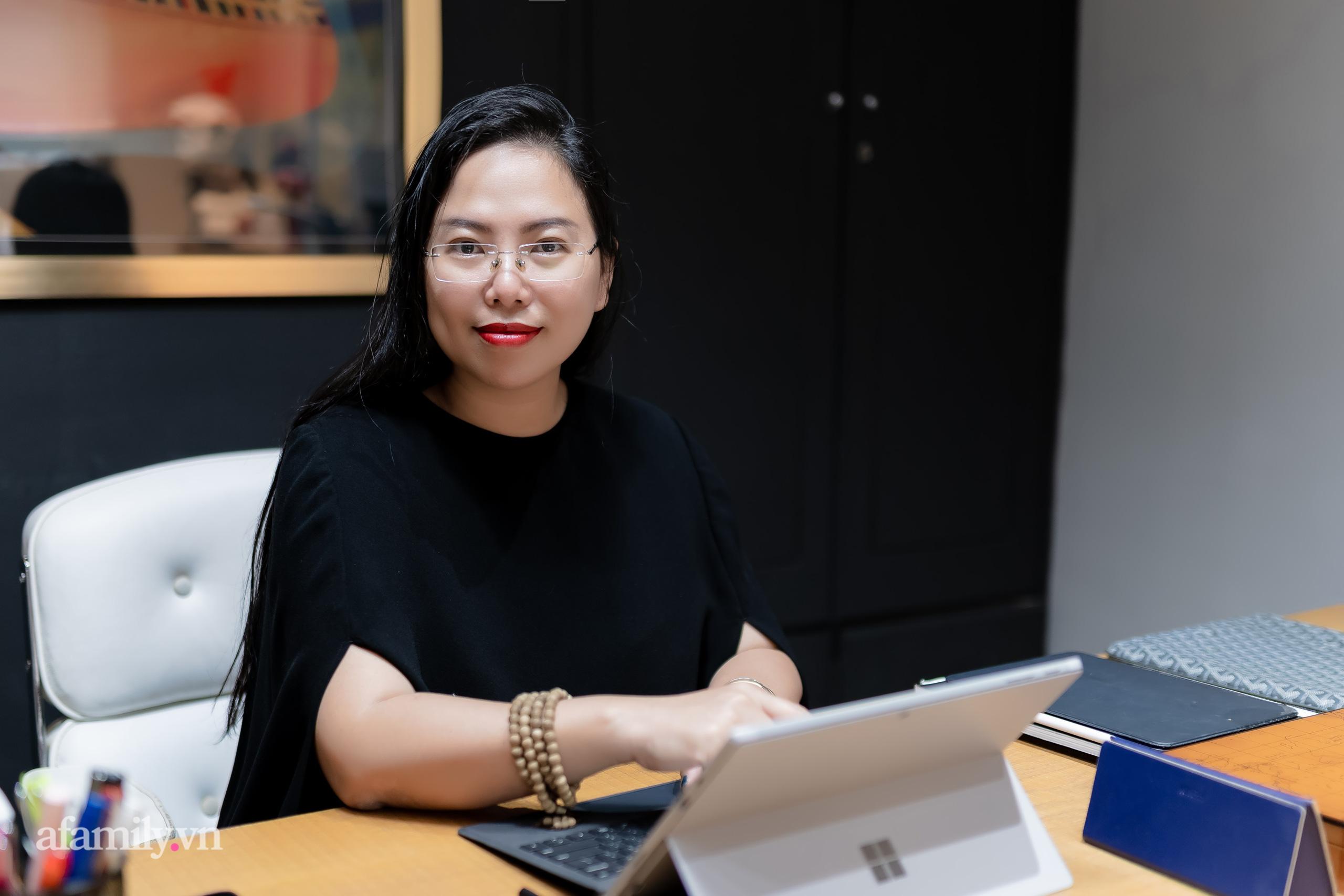 """Gặp người phụ nữ đứng sau thành công của cây Cầu Vàng """"made in Vietnam"""" nổi tiếng khắp thế giới, nghe kể về ý nghĩa thật của đôi bàn tay khổng lồ và bí mật cuộc sống của một nữ kiến trúc sư - Ảnh 2."""