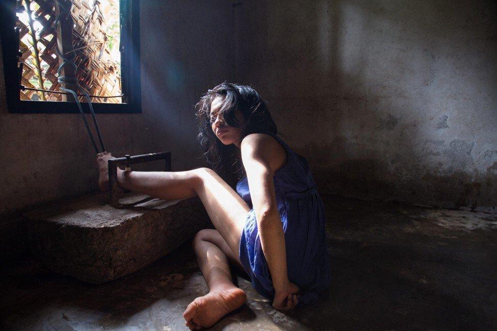 """Có một """"địa ngục"""" ở giữa thiên đường Bali trong mắt khách du lịch: Nơi bệnh nhân tâm thân đang bị xiềng xích bởi tục lệ Pasung man rợ - Ảnh 5."""