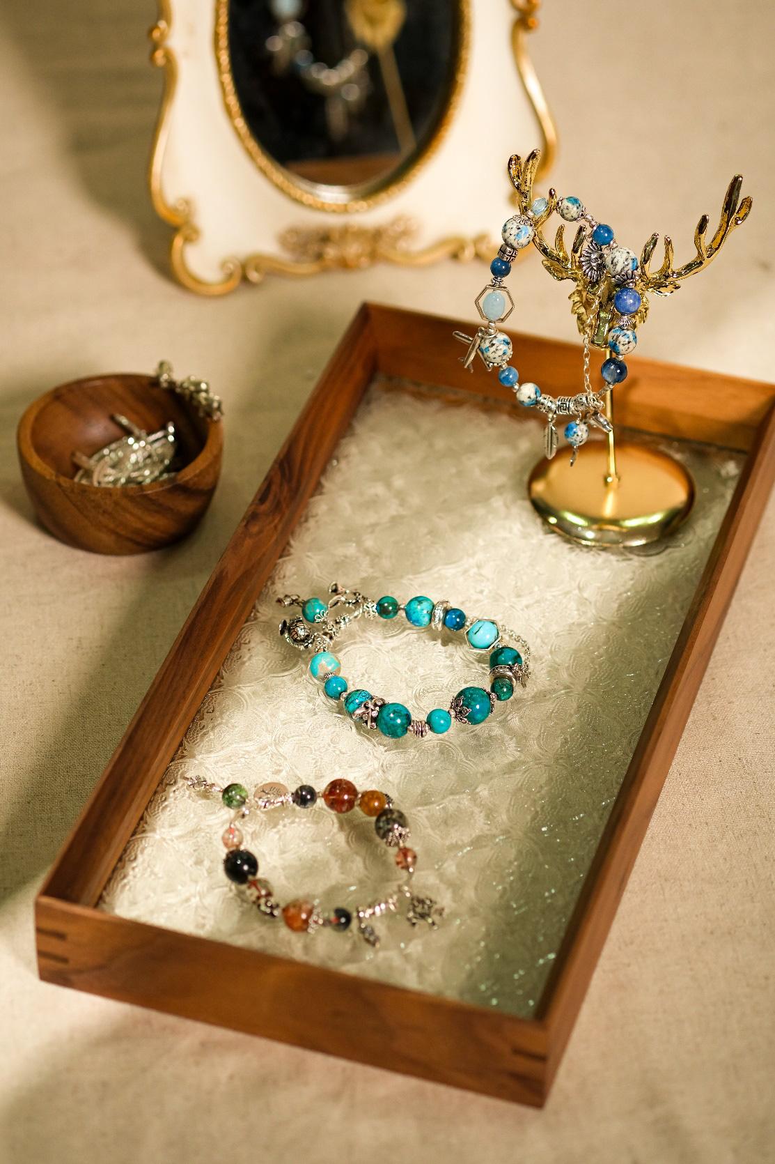 Tiệm Đá Hoa Cúc – Tiệm đá trang sức với 60 loại đá quý thiên nhiên không xử lý - Ảnh 1.