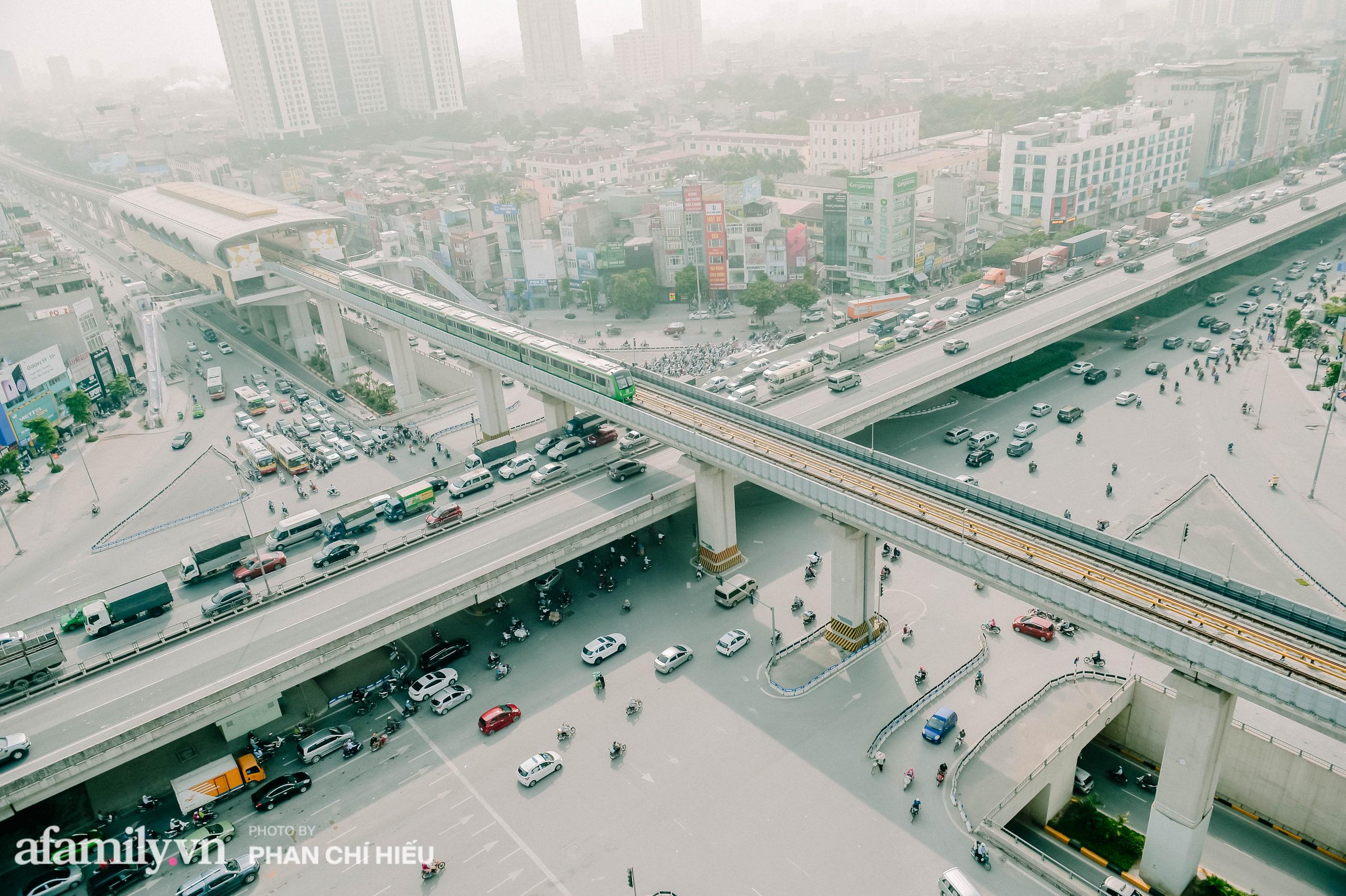 Tuyến đường sắt Cát Linh- Hà Đông đẹp cỡ nào mà được nhiều reviewer khen hết lời, lại còn rủ nhau đi mua vest để chuẩn bị đi thử trong năm 2021 - Ảnh 2.