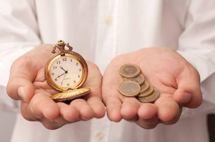 5 thói quen thông minh giúp giữ tình hình tài chính của bạn được kiểm soát - Ảnh 2.