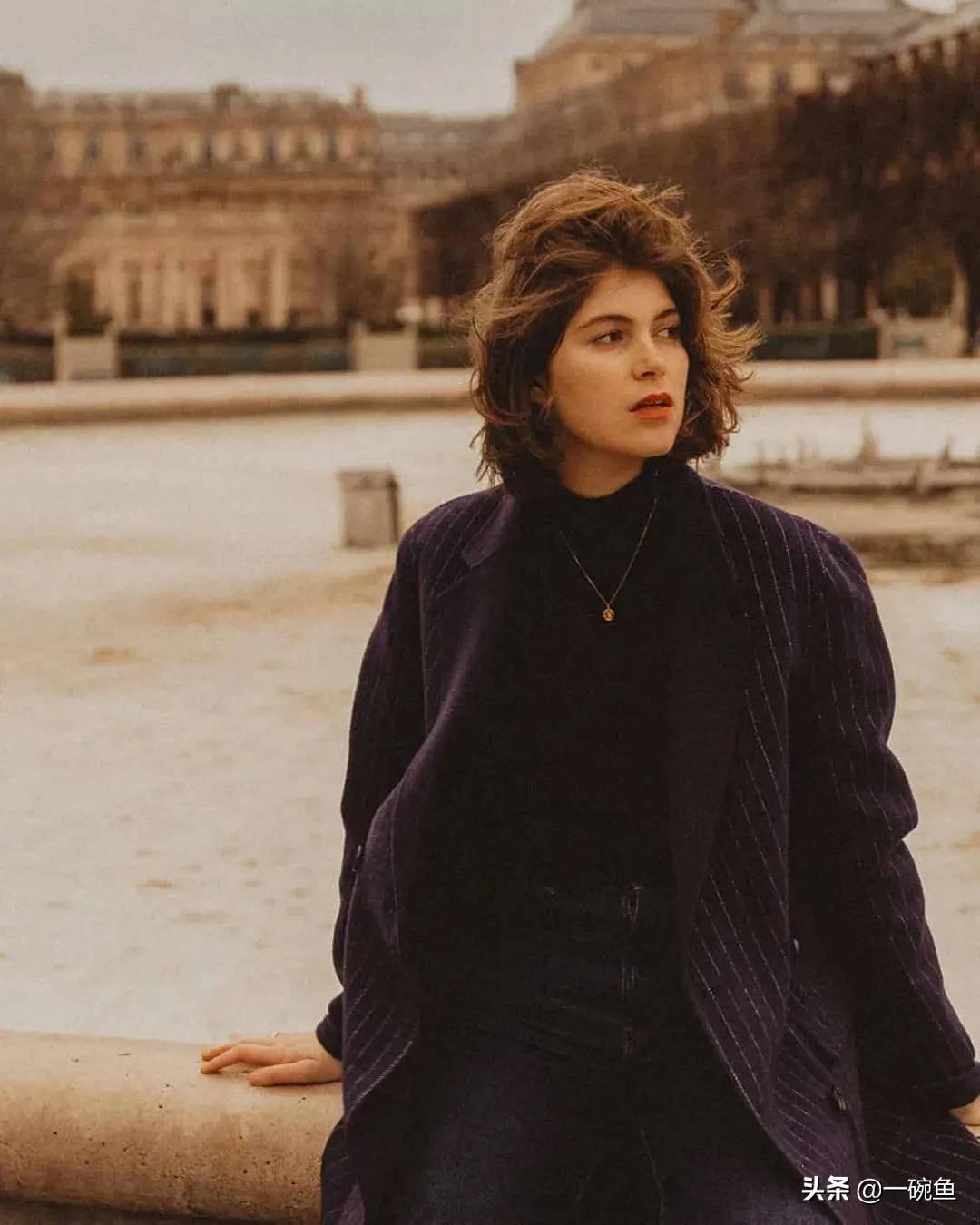 """Từ ngắn đến dài, đây là những kiểu tóc """"cộp mác"""" gái Pháp, nhìn thôi - Ảnh 1."""