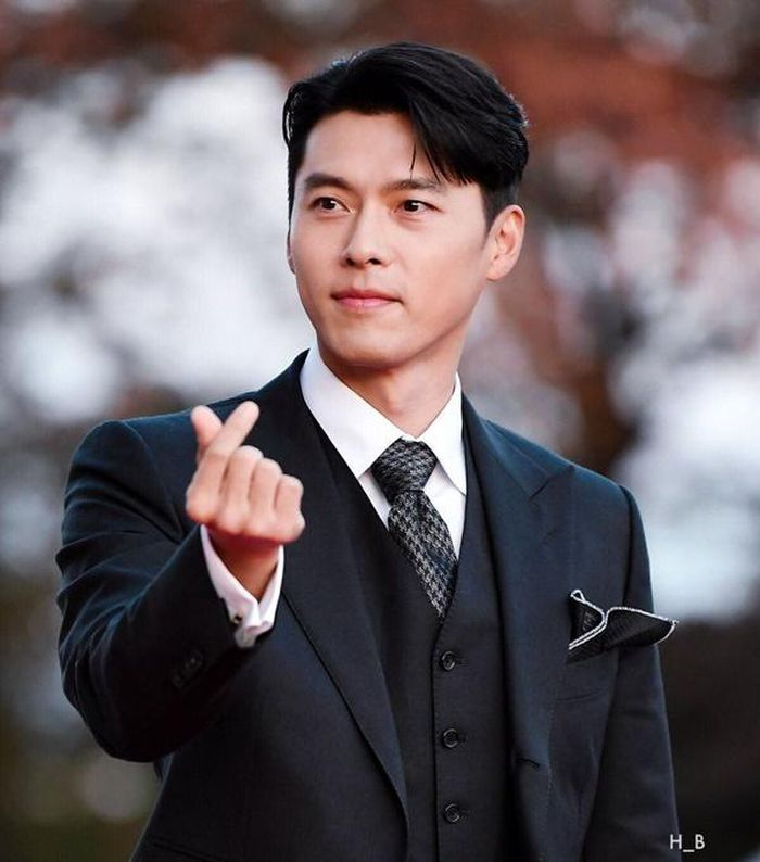 Hyun Bin chuẩn bị xuất hiện chính thức sau khi công khai hẹn hò, Son Ye Jin liền có hành động đầy tình cảm dành cho bạn trai