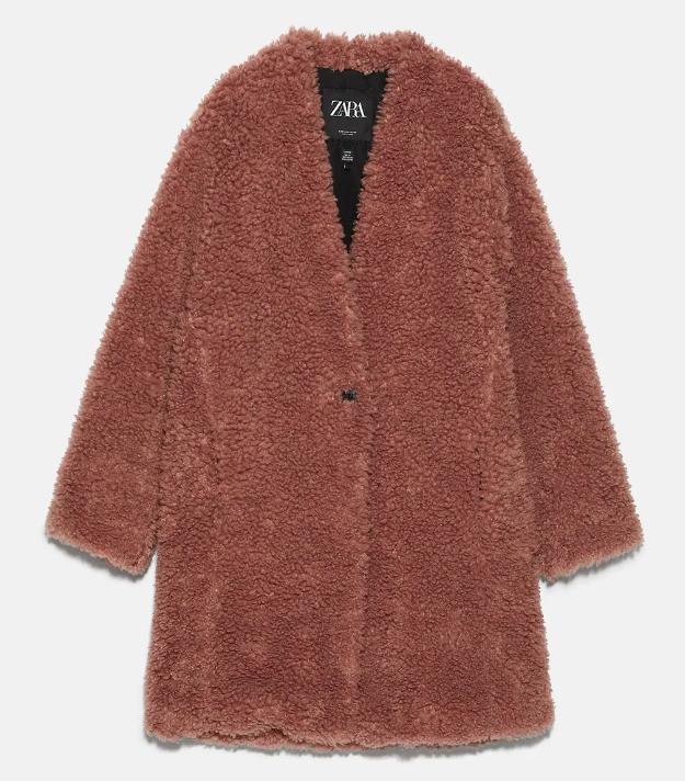 """Đu trend theo Park Min Young, Jisoo (Black Pink) diện áo khoác bông, cô nàng ghé qua Zara và tìm được 6 mẫu áo """"ưng bụng"""" nhất - Ảnh 9."""