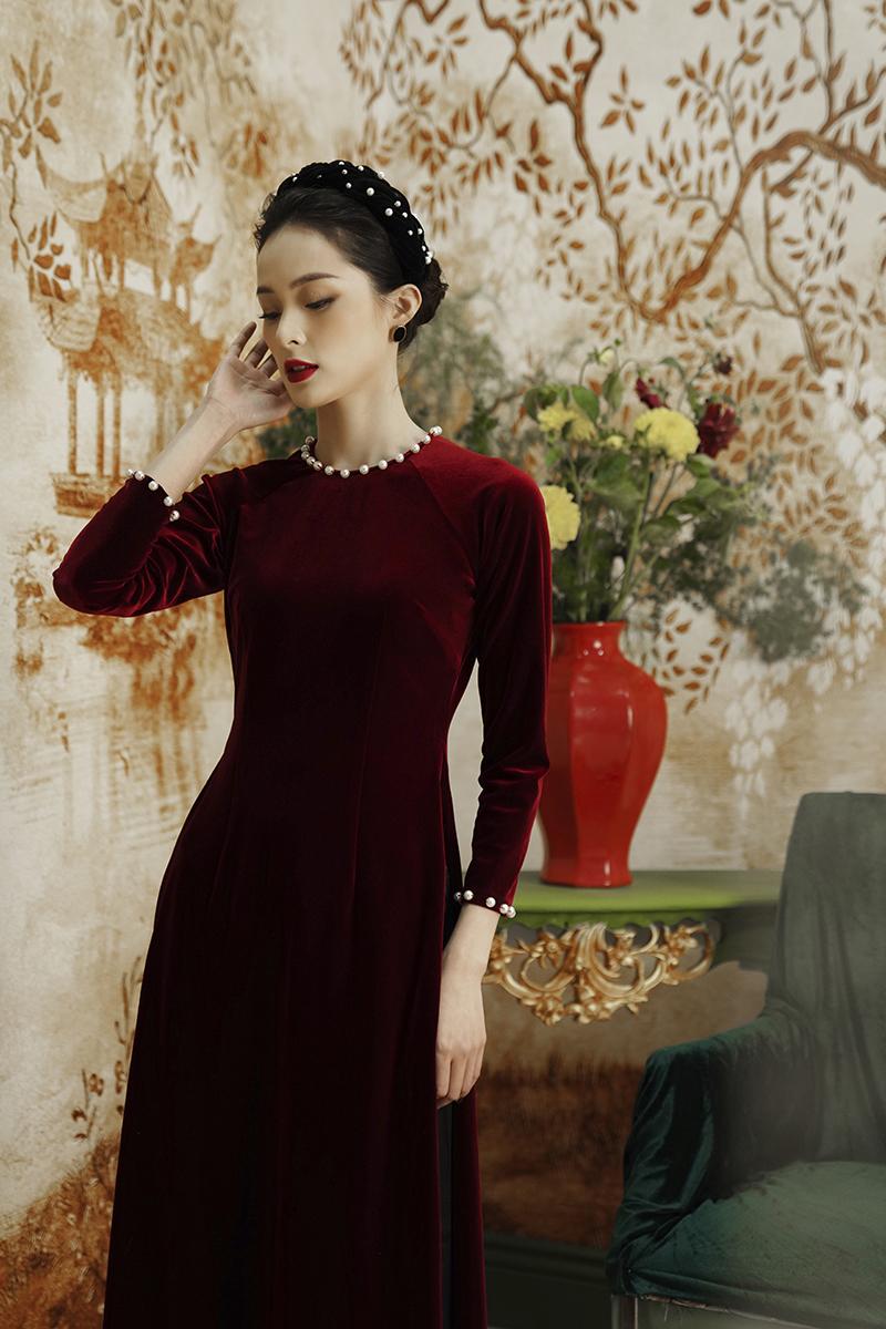 8 mẫu áo dài đỏ từ 450k nổi bật và tươi tắn hết sức để diện dịp đón năm mới - Ảnh 15.