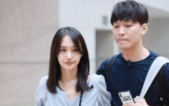 No.1 hot search Weibo: Không xuất hiện tại phiên tòa nhưng phía Trịnh Sảng lại từ chối hòa giải với bạn trai cũ