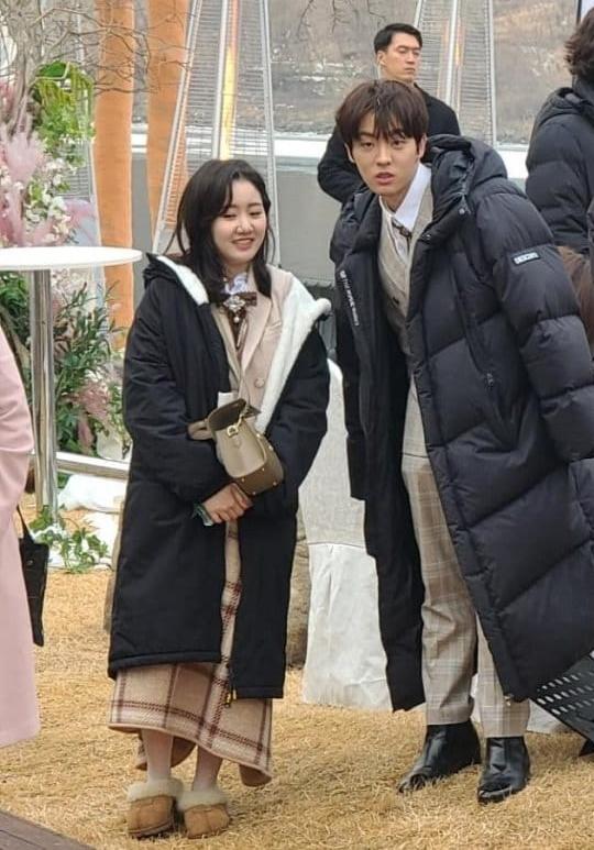 Cuộc chiến thượng lưu lộ phần 2: Dàn rich kids đến dự đám cưới của Seo Jin - Ju Dan Tae, Seokkyung chiếm spotlight vì quá xinh - Ảnh 3.