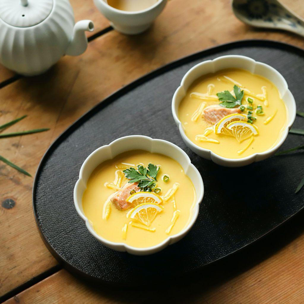 Bữa tối mùa đông làm trứng hấp ngon lành mịn mượt thế này thì ai cũng mê mẩn - Ảnh 8.