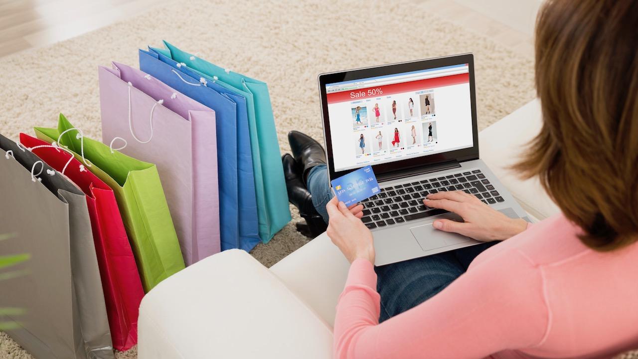 Xu hướng mua sắm của người tiêu dùng Việt thay đổi thế nào trong mùa Tết 2021 - Ảnh 2.