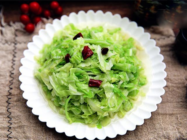 Có dấu hiệu này bạn tuyệt đối không nên ăn rau bắp cải, dù ngon nhưng sẽ khiến cơ thể thêm ốm yếu - Ảnh 3.