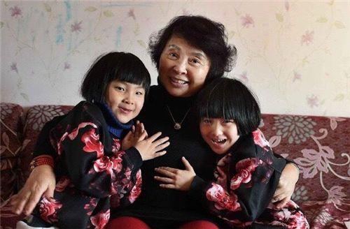 Người phụ nữ 67 tuổi nhất quyết sinh con bất chấp sự phản đối của các con, chuyện gì đã xảy ra? - Ảnh 1.