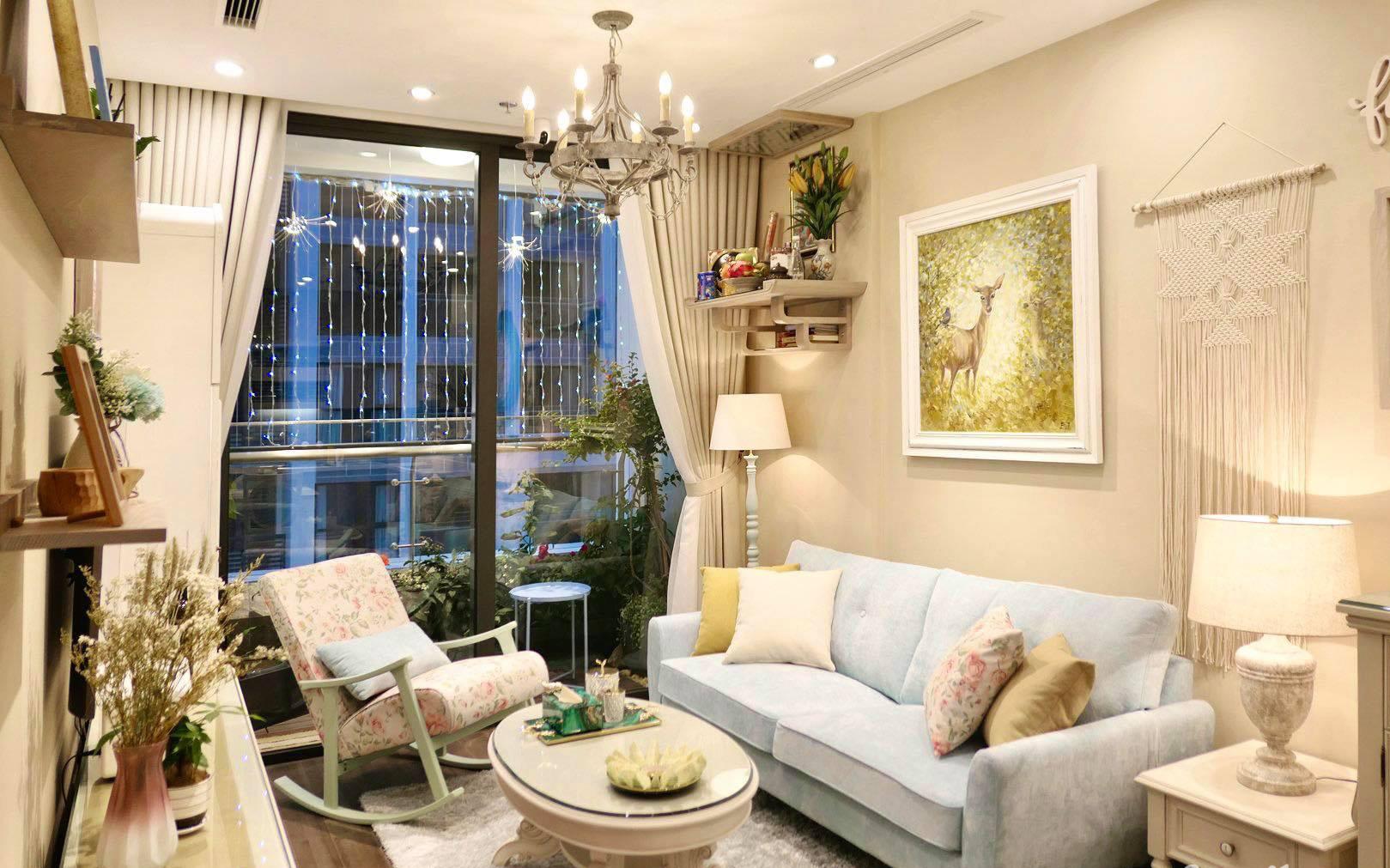 """Căn hộ 70m² decor siêu dễ thương được chủ nhà hoàn thiện """"vội"""" trong 1 tuần ở Hà Nội"""