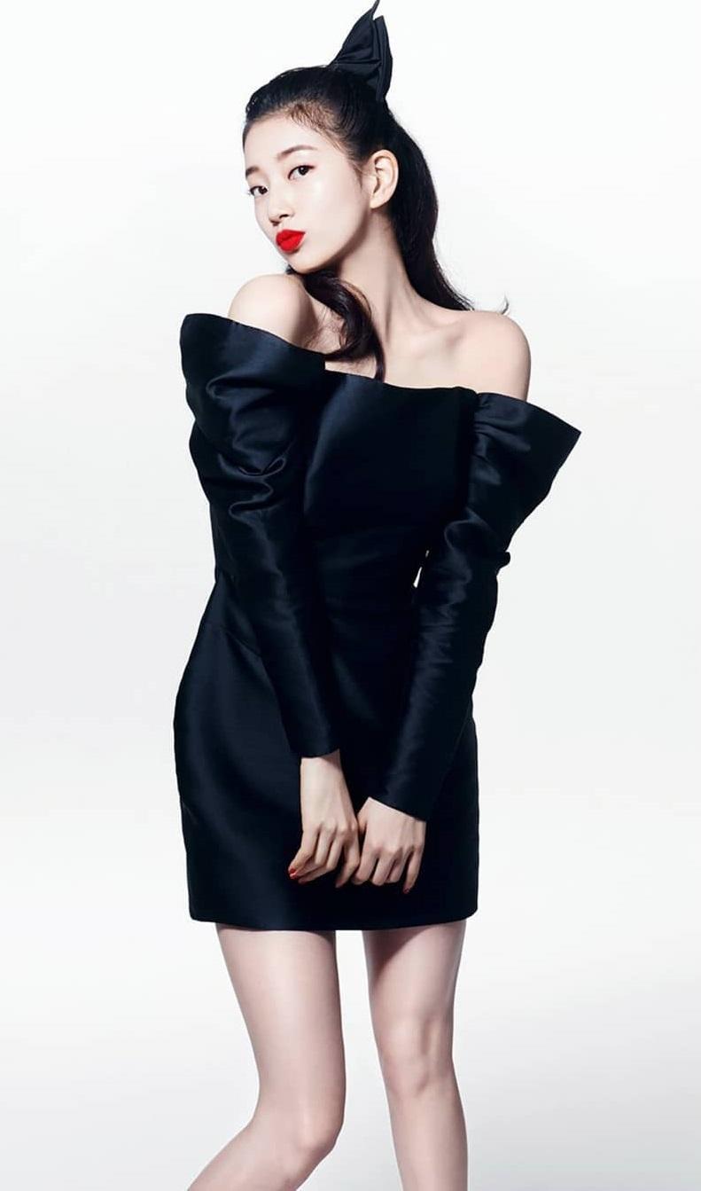 """Cùng đụng váy, """"Điên nữ"""" Seo Ye Ji bỗng hiền quá hóa nhạt trước một Suzy quá thú vị từ tạo hình tới tạo dáng - Ảnh 4."""