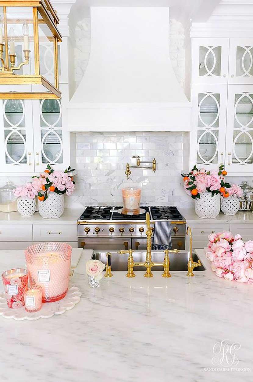 Những mẫu phòng bếp màu hồng đầy nữ tính và quyến rũ - Ảnh 3.