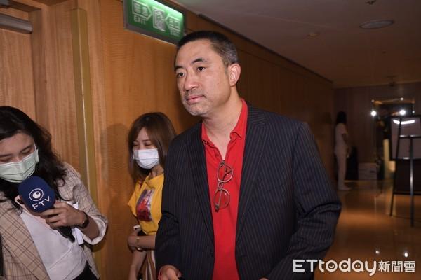 """Con trai chủ tịch khách sạn hàng đầu Đài Loan đột ngột qua đời, loạt bê bối gia đình bị """"đào"""" lại trong đó có vụ ngoại tình gây xôn xao - Ảnh 1."""