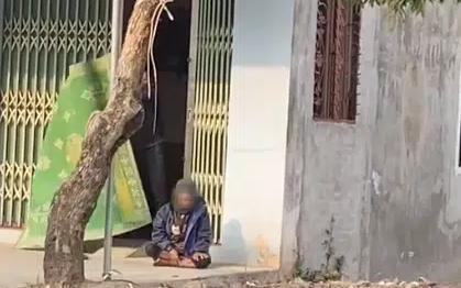 """Dân mạng bức xúc hành động chủ nhà """"đuổi khéo"""" cụ ông đang ngồi nghỉ chân bên đường"""