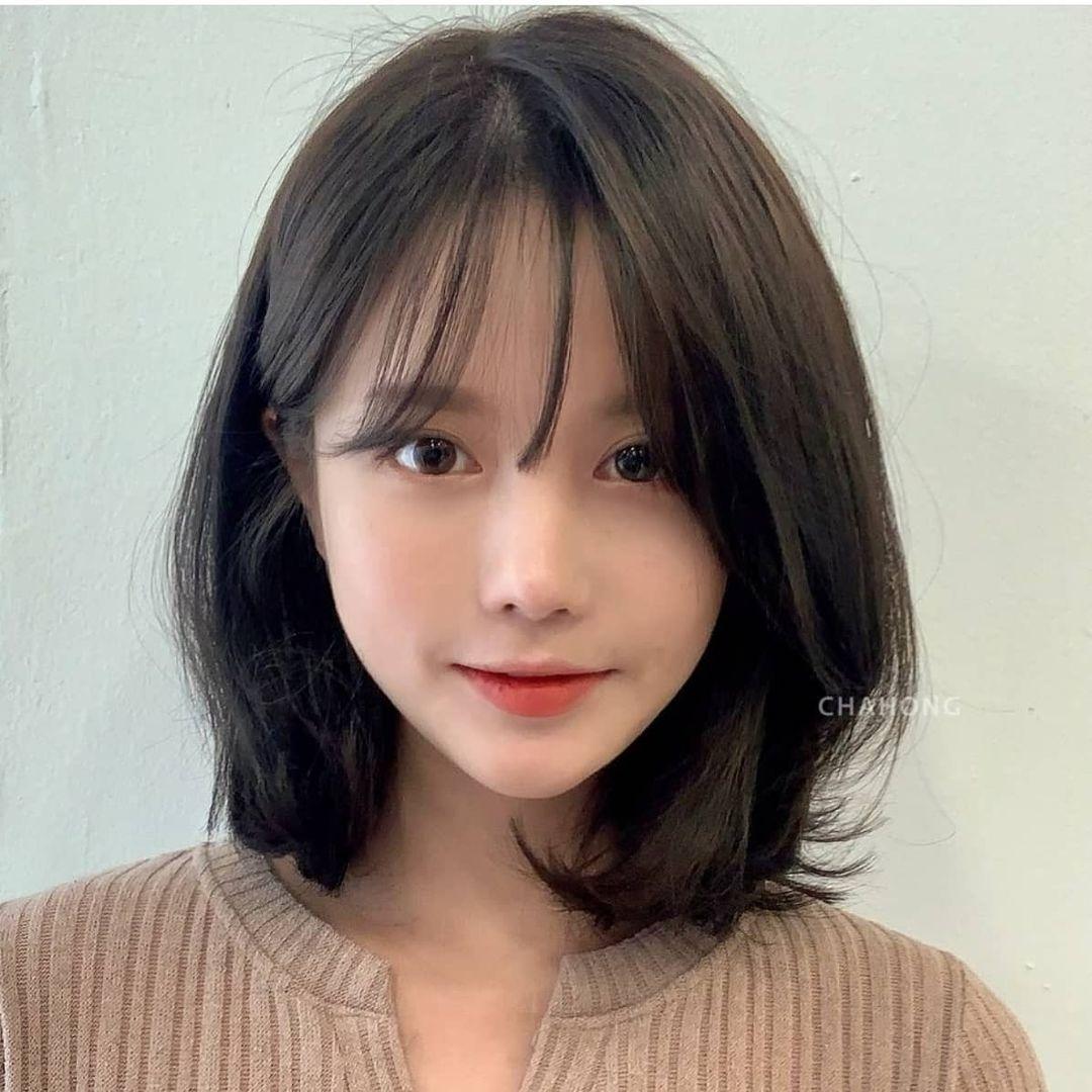 5 kiểu này xinh đẹp, sang chảnh cực hợp với cô nàng tóc đen - BaoHaiDuong