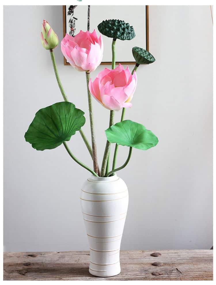 7 loại hoa cúng trên bàn thờ Tết vừa đẹp vừa hợp phong thủy và những kiêng kị khi chọn hoa - Ảnh 4.