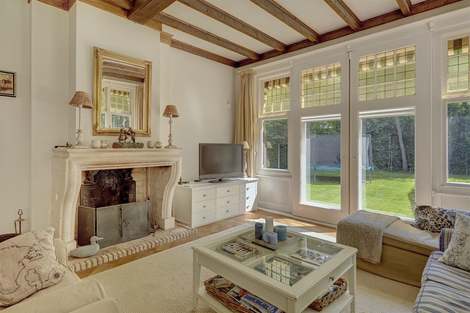 Nhà ở quê đẹp yên bình với những khoảng không gian ngập tràn ánh sáng - Ảnh 12.