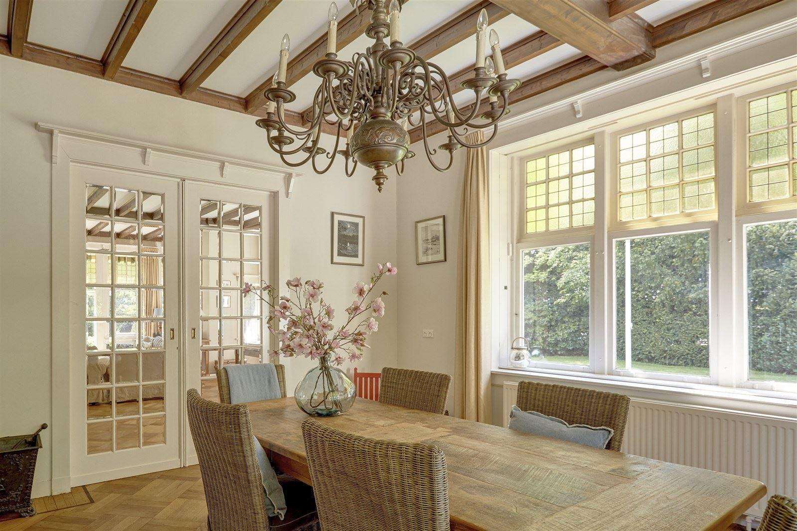 Nhà ở quê đẹp yên bình với những khoảng không gian ngập tràn ánh sáng - Ảnh 15.