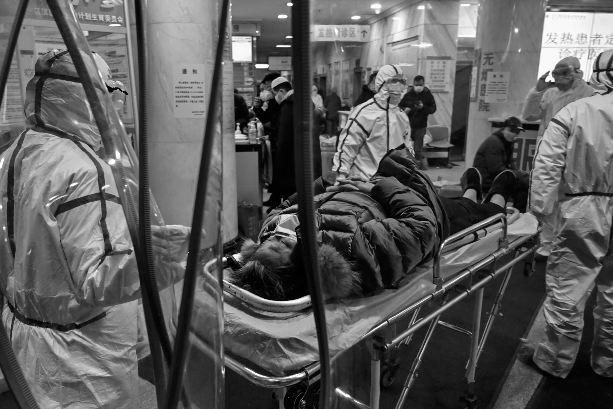 Vũ Hán - một năm nhìn lại: Khi người dân trở lại với cuộc sống bình thường, nhưng vẫn bị ám ảnh bởi những vết sẹo và nỗi đau đã qua - Ảnh 1.