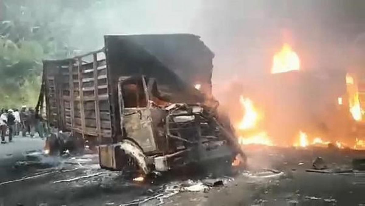 Tai nạn giao thông nghiêm trọng tại Cameroon, 53 người thiệt mạng - Ảnh 1.