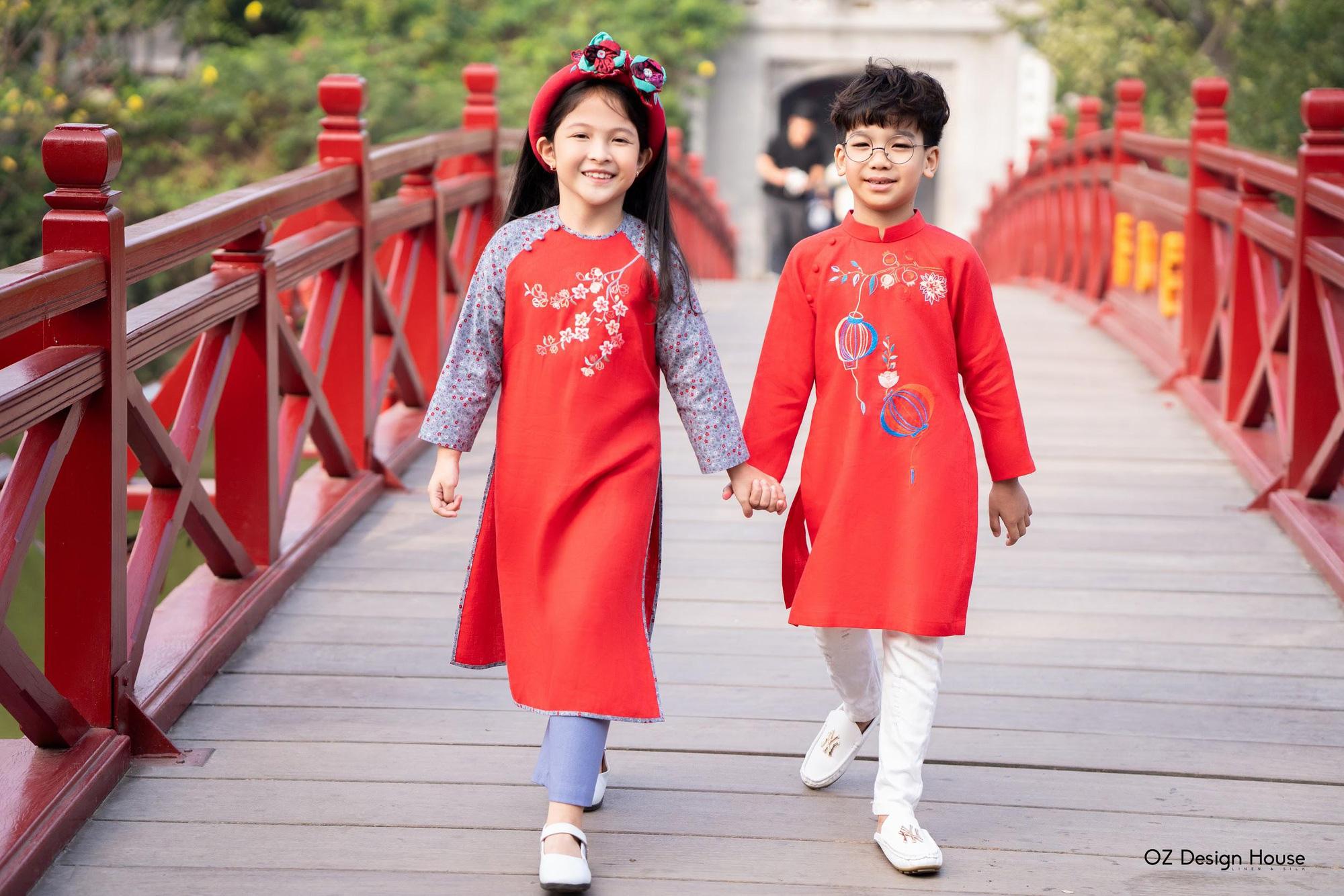 """Ngọt lịm tim với BST áo dài mẹ và bé mang tên """"Ý Xuân"""" - Ảnh 2."""