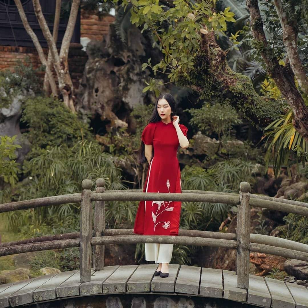 Sao Việt rộn ràng diện áo dài đón Tết sớm, kiểu hot hit nhất năm nay nằm cả ở chi tiết này - Ảnh 6.