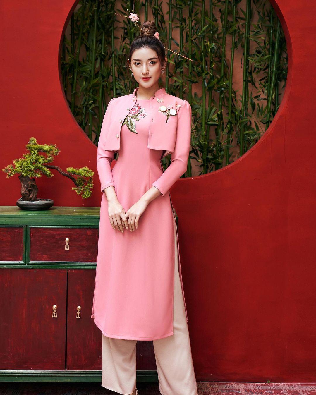 Sao Việt rộn ràng diện áo dài đón Tết sớm, kiểu hot hit nhất năm nay nằm cả ở chi tiết này - Ảnh 10.