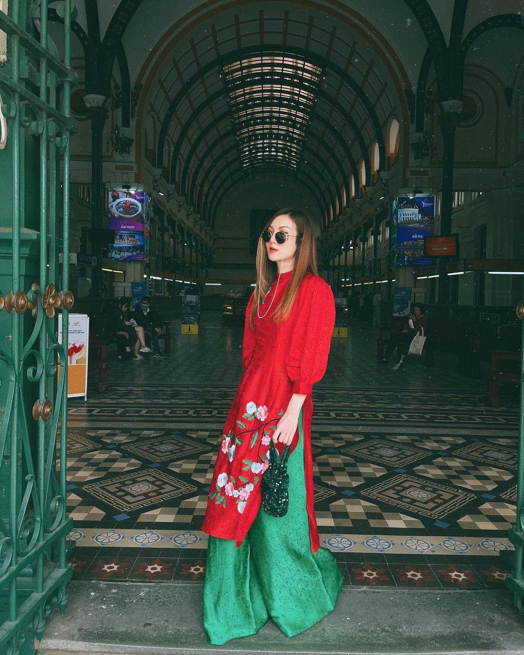 Sao Việt rộn ràng diện áo dài đón Tết sớm, kiểu hot hit nhất năm nay nằm cả ở chi tiết này - Ảnh 4.