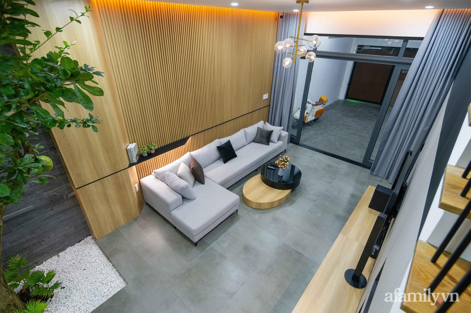 Nhà phố 3 tầng đẹp hiện đại với phong cách tối giản ngập tràn ánh sáng và cây xanh ở Đà Nẵng - Ảnh 4.