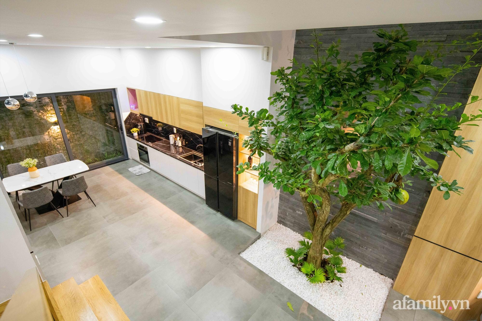 Nhà phố 3 tầng đẹp hiện đại với phong cách tối giản ngập tràn ánh sáng và cây xanh ở Đà Nẵng - Ảnh 9.