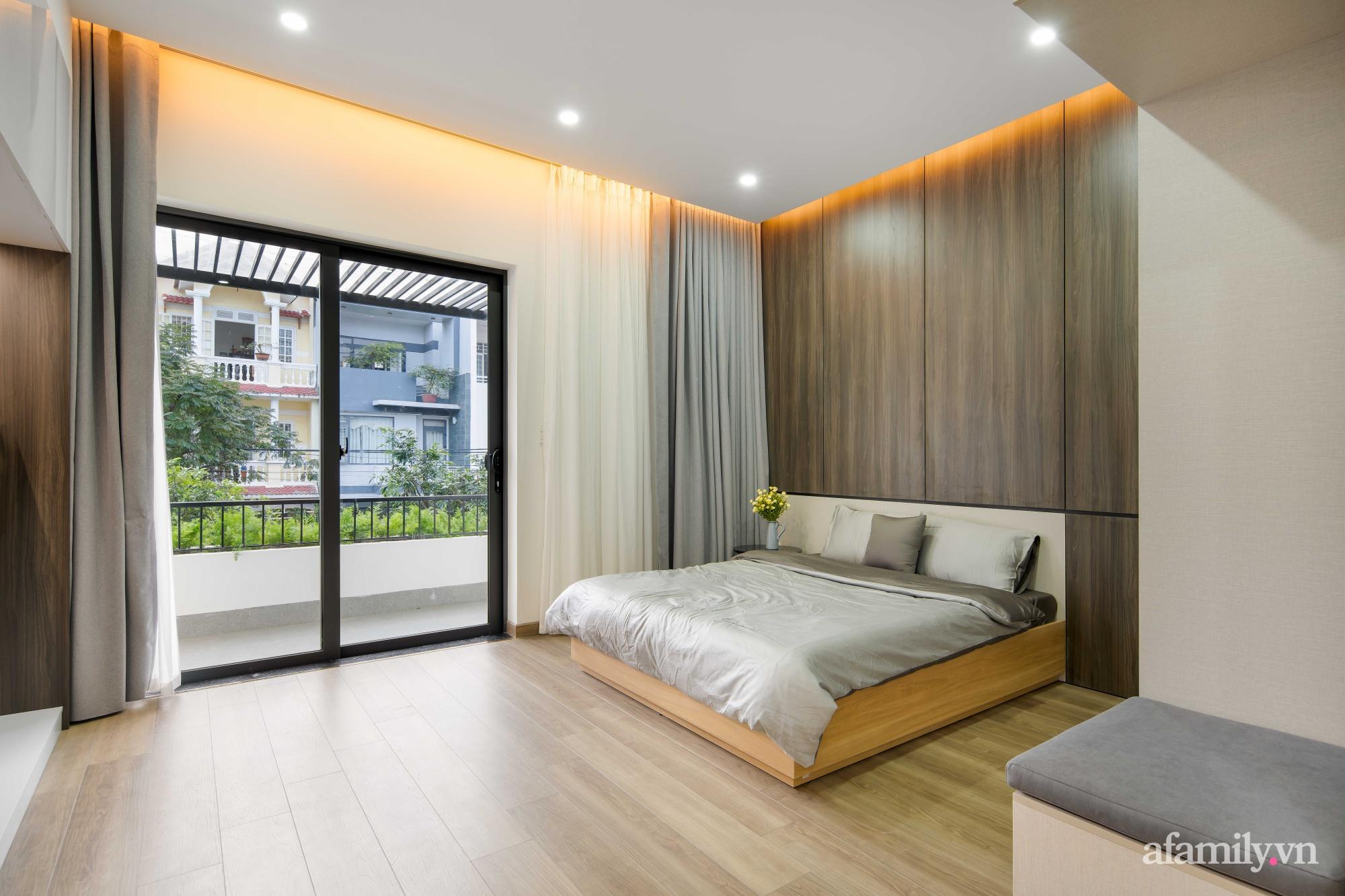 Nhà phố 3 tầng đẹp hiện đại với phong cách tối giản ngập tràn ánh sáng và cây xanh ở Đà Nẵng - Ảnh 16.