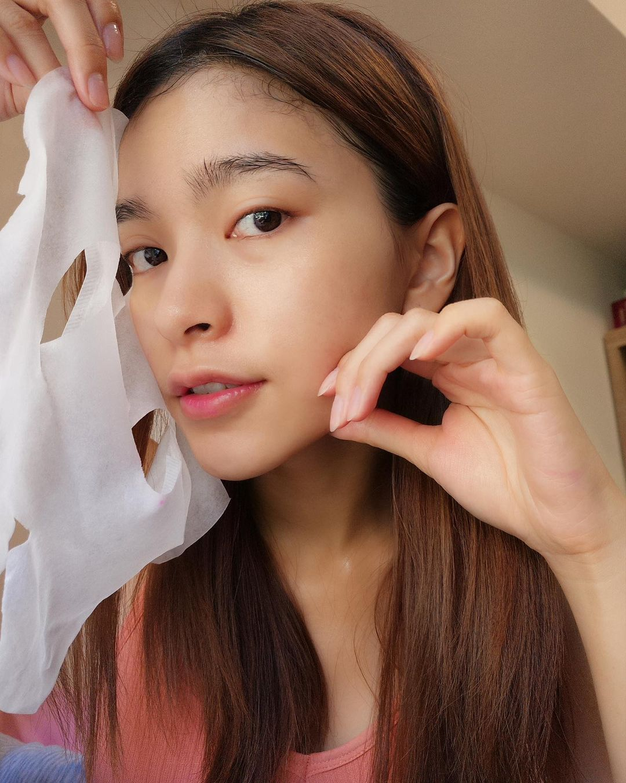 3 loại mặt nạ giấy hội gái Đài yêu thích nhất, giúp thu nhỏ lỗ chân lông khiến da căng mướt đón Tết - Ảnh 1.
