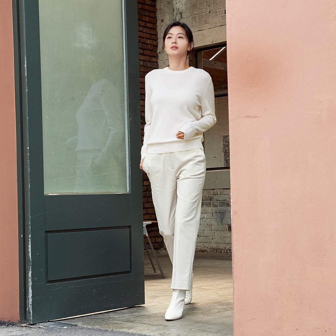 Hóng 10 set đồ của Jeon Ji Hyun, chị em nhặt ra khối tip lên đồ ưng mắt vừa sang vừa trẻ cho mùa lạnh - Ảnh 10.