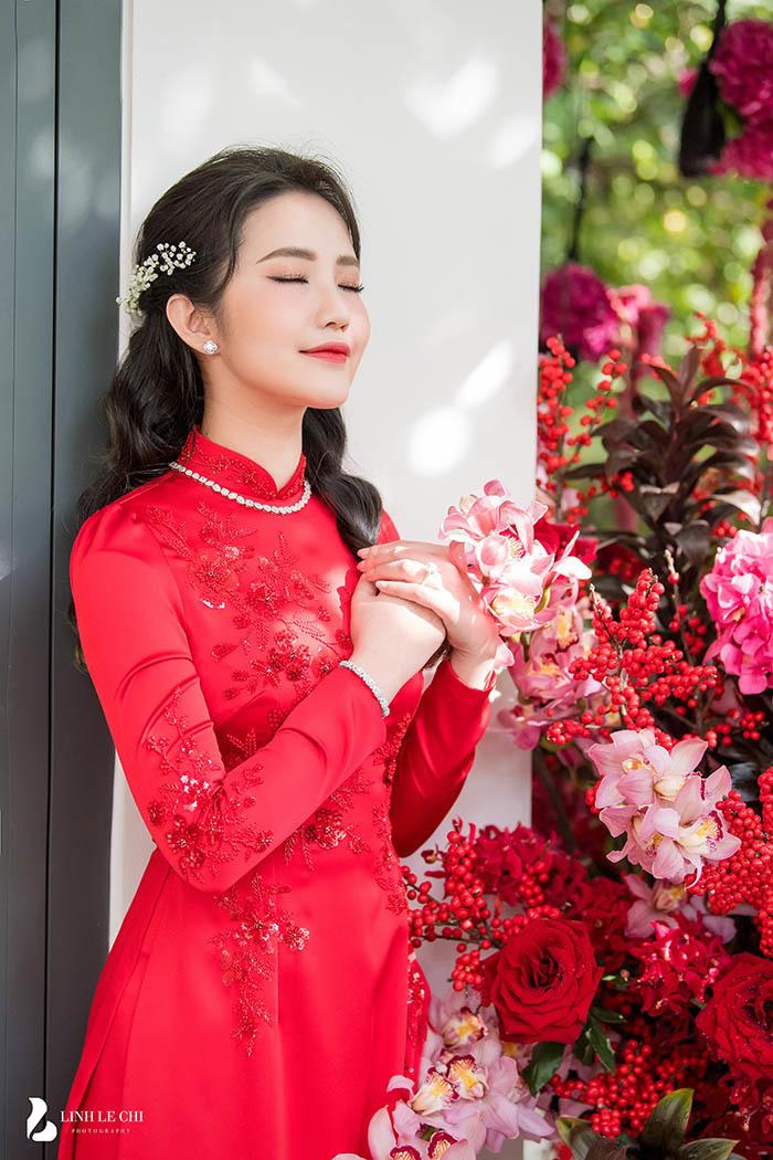 """Cô dâu Primmy Trương diện túi Dior bản giới hạn trong ngày rước dâu, chú rể Phan Thành thể hiện tình cảm bằng hành động nhỏ xíu khiến dân tình """"phát hờn"""" - Ảnh 3."""
